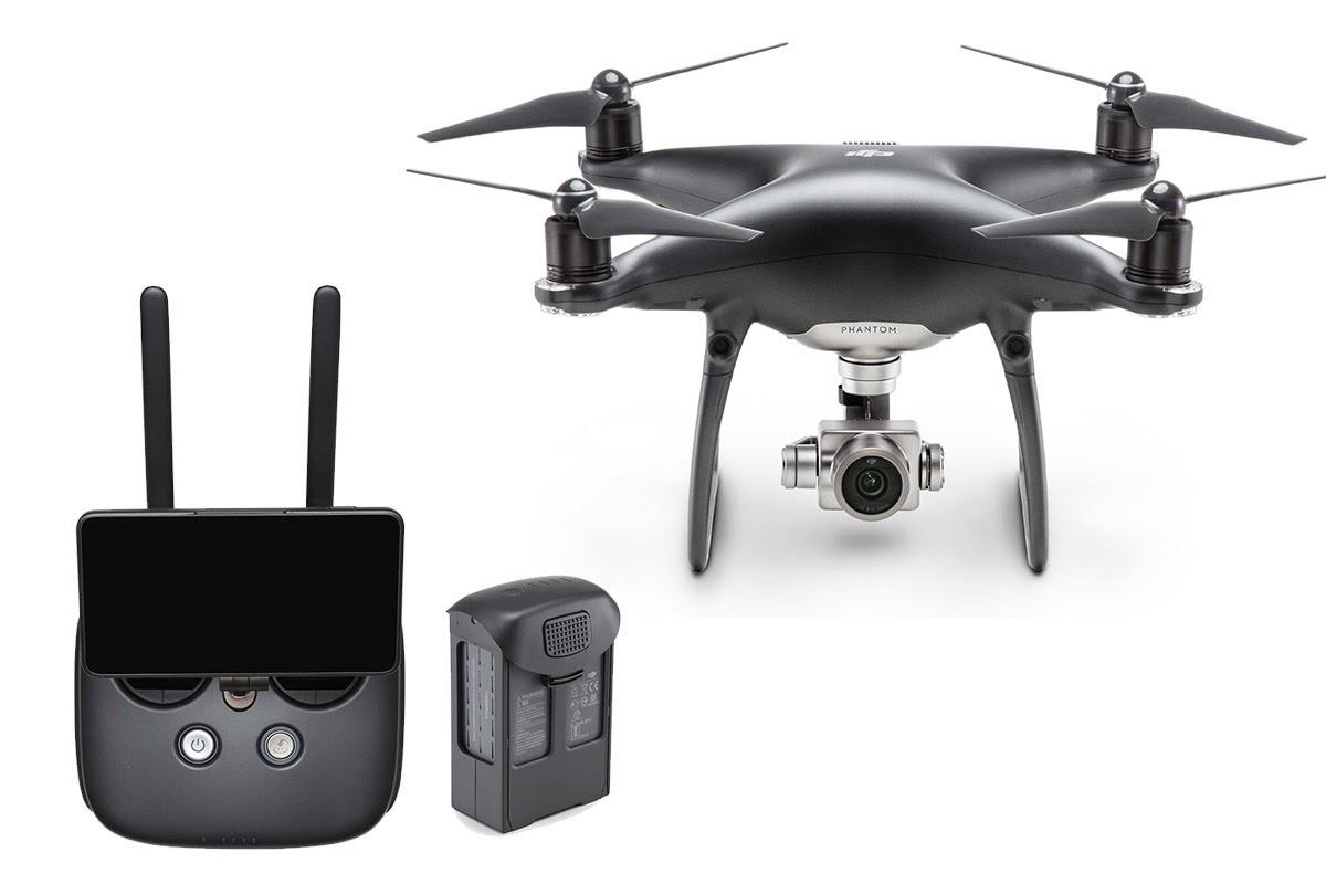 Flycam và bộ điều khiển